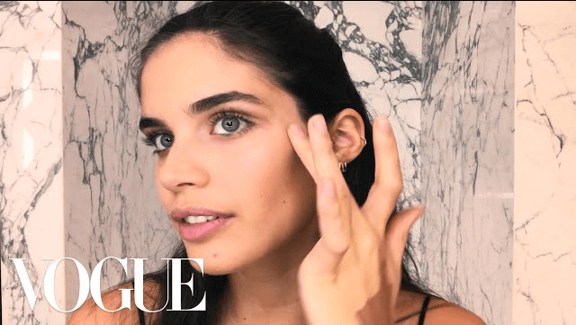 Victoria's Secret Model Sara Sampaio's Inspired Makeup