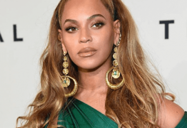 Beyonce's Fashion Event Makeup Look