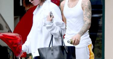 Selena Gomez & Justin Bieber Spotted in a hot yoga class