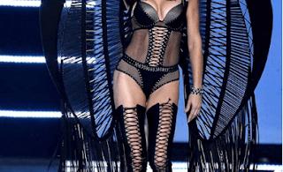 Victoria's Secret Model Adriana Lima's Inspired Makeup
