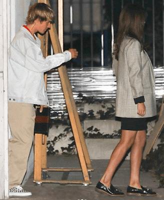 Selena Gomez kissed Justin bieber on valentine's Day