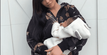 Kylie Jenner Reveals Her Baby Stormi On Snapchat