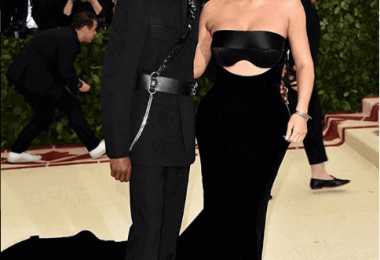 Kylie Jener's Met Gala Makeup Look With Her Boyfriend Travis Scott